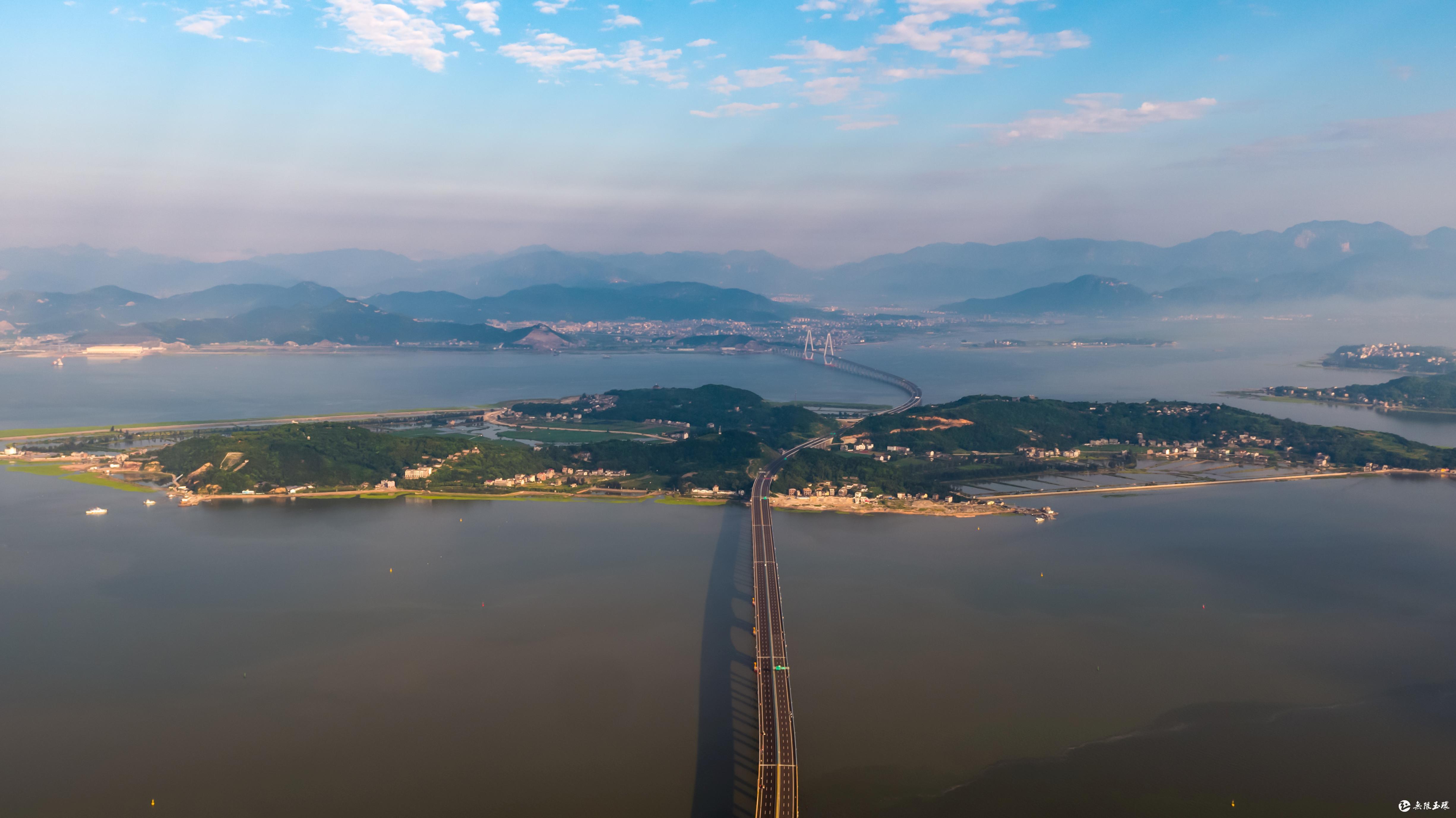 2011年,玉环成立沿海高速公路工程建设指挥部: 2011年12月,乐清湾